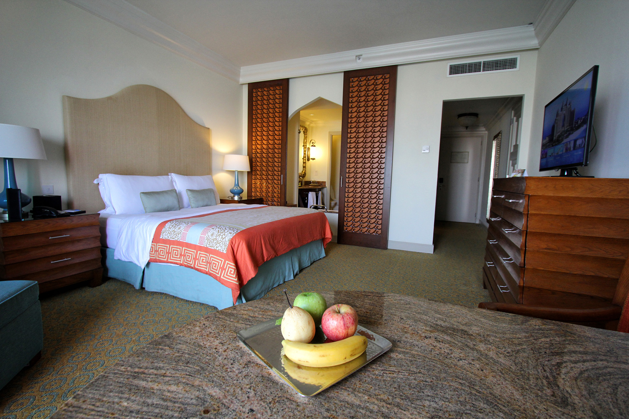 Atlantis inside room for Best hotel rooms in dubai